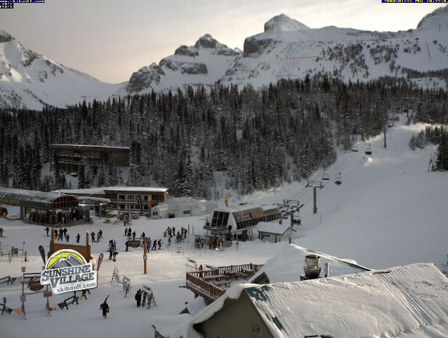 Banf mountain webcam photo 5
