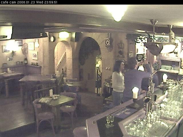 Heeren van Beijerland Cafe Cam | 640 x 480 jpeg 60kB