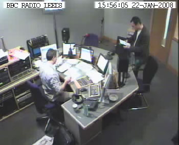 Live studio cam photo 1