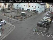 Market photo 3