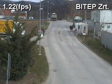 Aszfalt Porta photo 4
