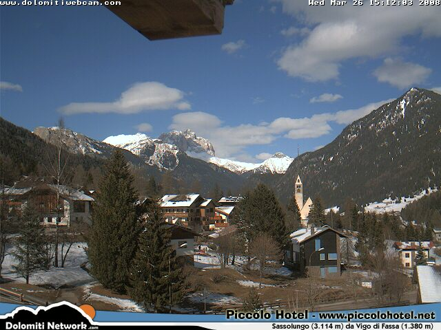 Sassolungo webcam photo 2
