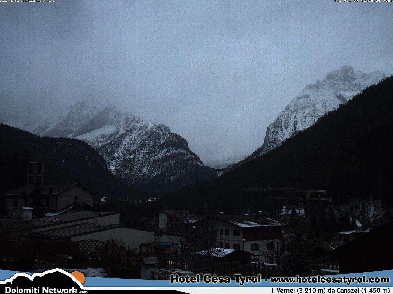 Canazei webcam photo 4