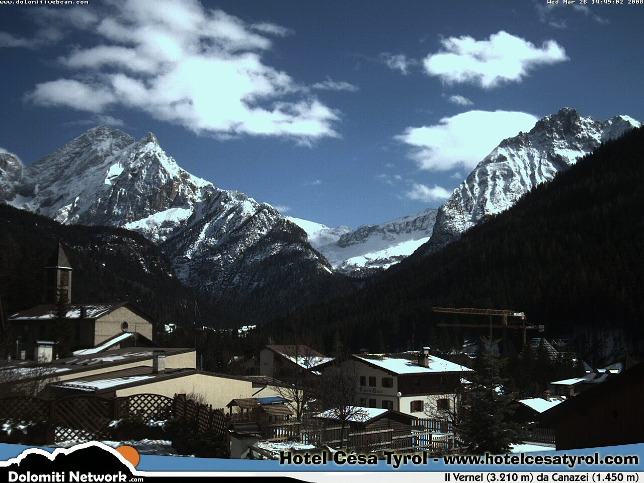 Canazei webcam photo 2