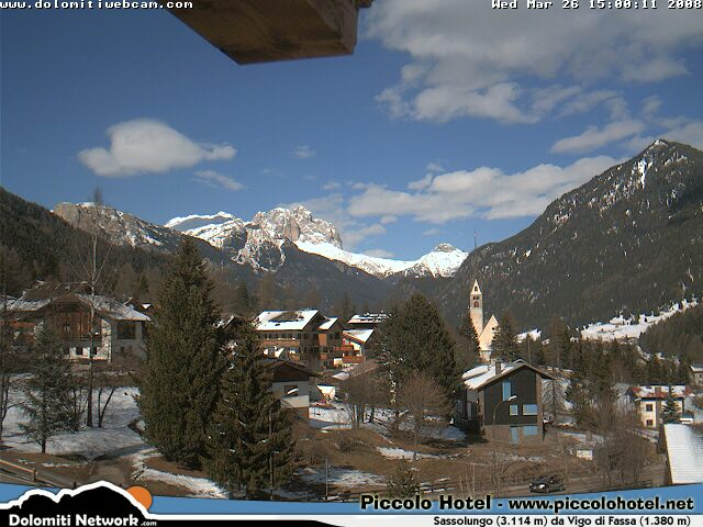Sassolungo webcam photo 1