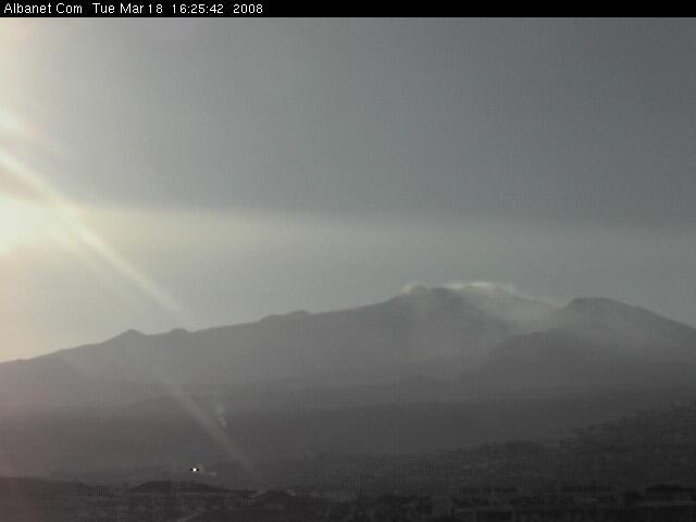 Etna livecam 1 photo 2