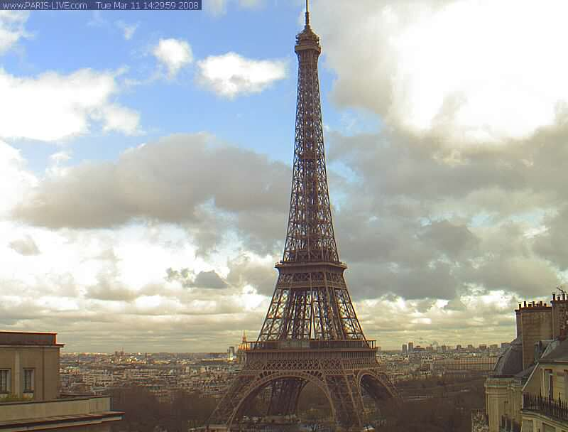 Eiffel tower photo 5