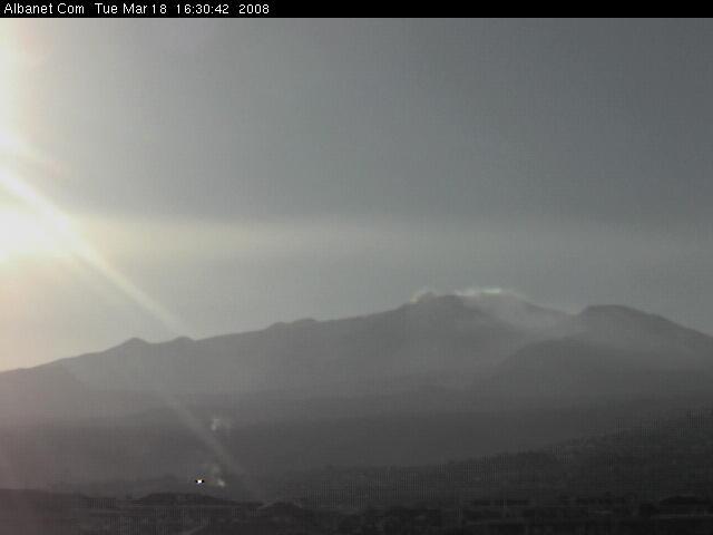 Etna livecam 1 photo 3