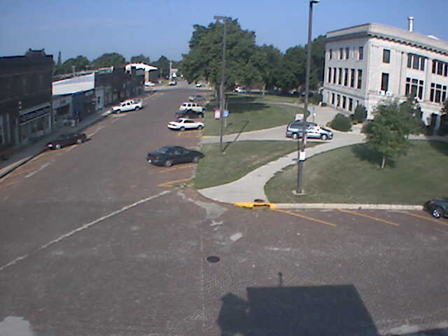 Sioux City - Street view photo 1