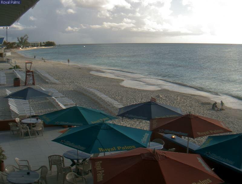 Royal Palms Beach Bar photo 3