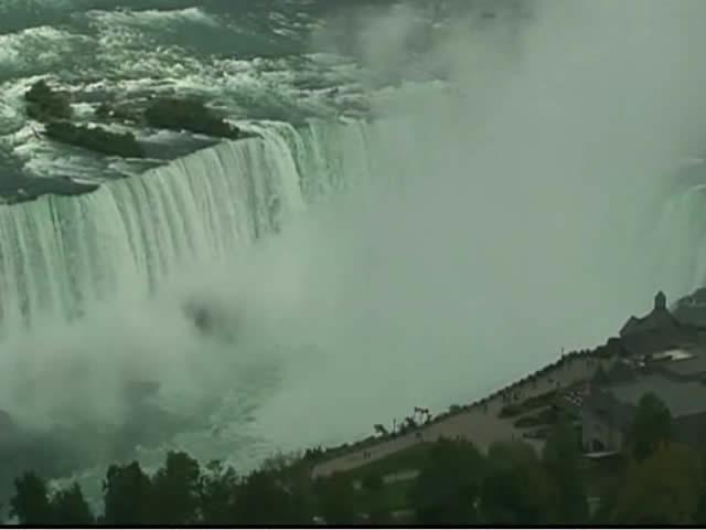 Niagara Falls photo 1