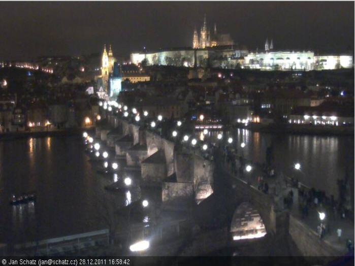 Charles Bridge & Prague Castle photo 2